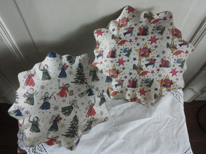 Papieren kerst bakjes
