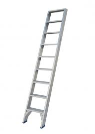 Solide enkele rechte trap 9 treden