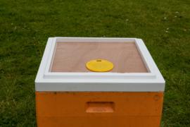 Bijenuitlaatbord + bijenuitlaat voor segeberger basis ring