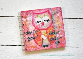 Uniek notitieboekje DARE met geheime berichtjes van mij & gratis twee REVitup ansichtkaarten