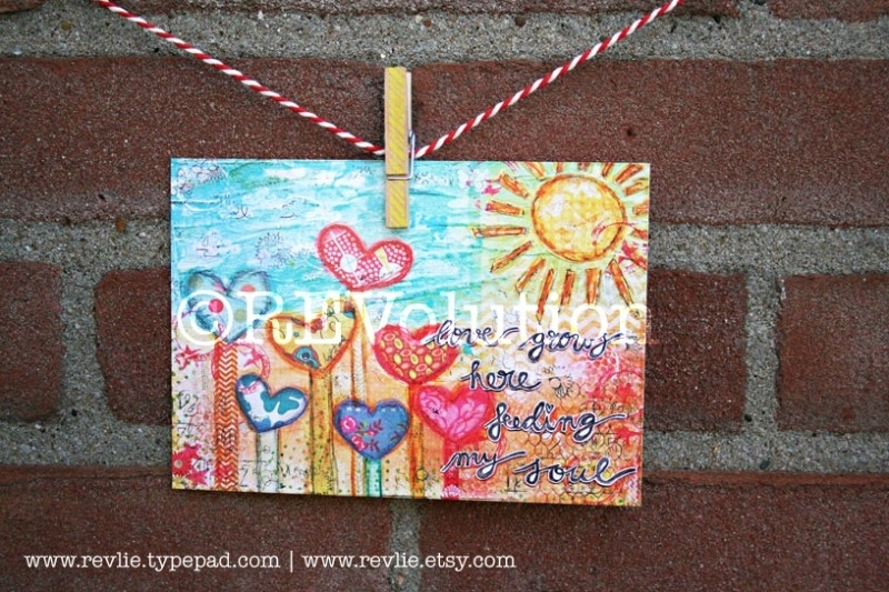 """mixed media ansichtkaart REVitup """"love grows here"""""""