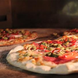 5.  Pizza Funghi