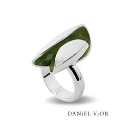 DANiEL ViOR Elitro ring
