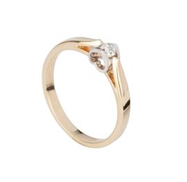 Gouden damesring met 0.02crt diamant en een uitgewerkte hartvorm in de zetting aan de zijkant