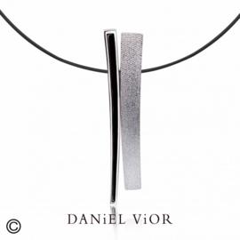 DANiEL ViOR TANGENT II Black collier