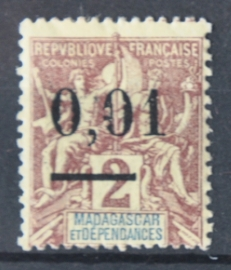 P 252 ++ MADAGASCAR 1902 HINGED PLAK(REST)
