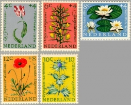 NEDERLAND 1960 NVPH SERIE 738 BLOEMEN