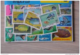 Importa Postzegelpakket 25 vissen ++ 26
