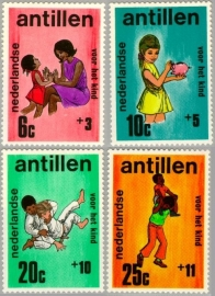 ANTILLEN 1970 NVPH SERIE 430 KIND CHILD