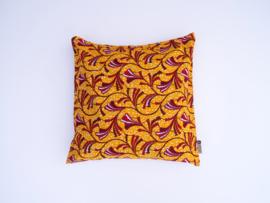 Kussensloop takjes oranje geel/rood/wit  50 x 50 cm