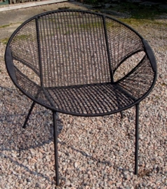 Owusu chair nr. 26 Ghanese kuipstoel Effen zwart