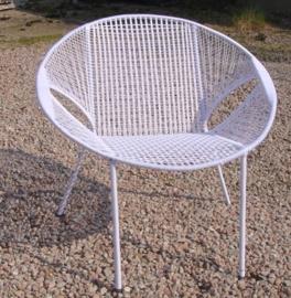 Owusu chair nr. 24 Ghanese kuipstoel Effen wit
