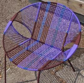 Owusu chair nr. 27 Ghanese kuipstoel Bruin/paars/blauw