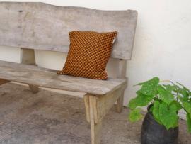 Kussensloop bruin/oranje veertje  40 x 40 cm