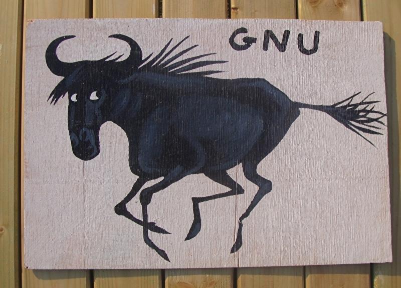 Schilderijtje Gnu, zwart/wit, op hardboard 30 x 45 cm