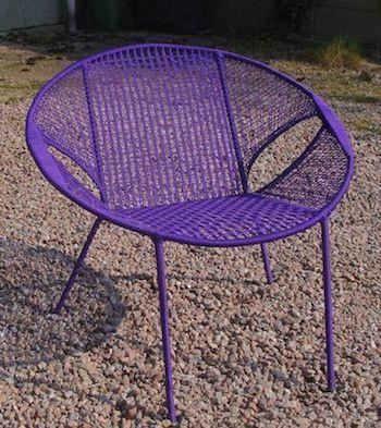 Owusu chair nr. 48 Ghanese kuipstoel paars