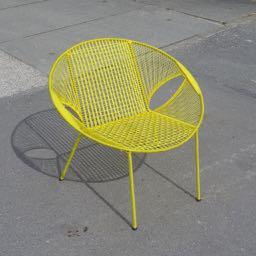 Owusu chair nr. 47 Ghanese kuipstoel geel