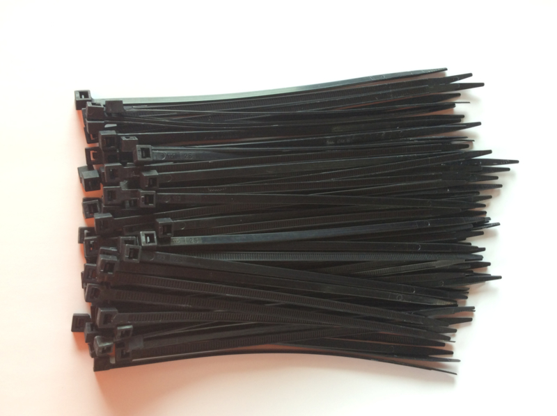T-ribs 200 X 4,5 mm 100 stuks