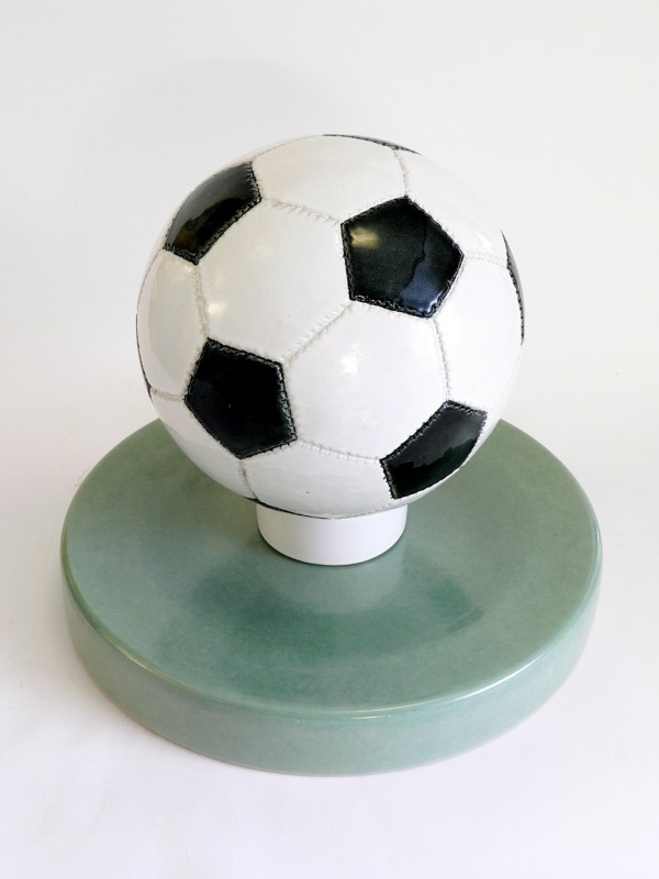 Voetbal urn 604V