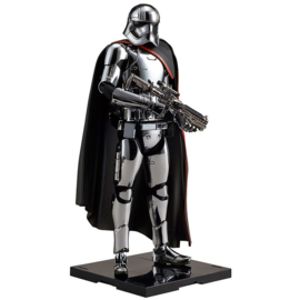Star Wars Captain Phasma Statue ArtFX+  With accessories 20cm Scale 1:10