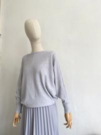 batwing sleeve sweater light grey