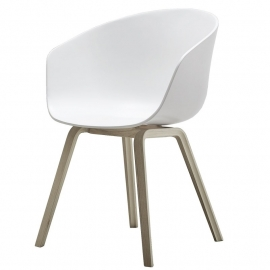 About A Chair AAC22 White