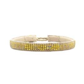 fine beaded bracelet 3 flower natural