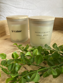 scented candle 'je t'aime'