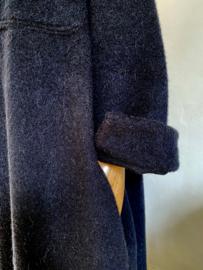 soft coat black
