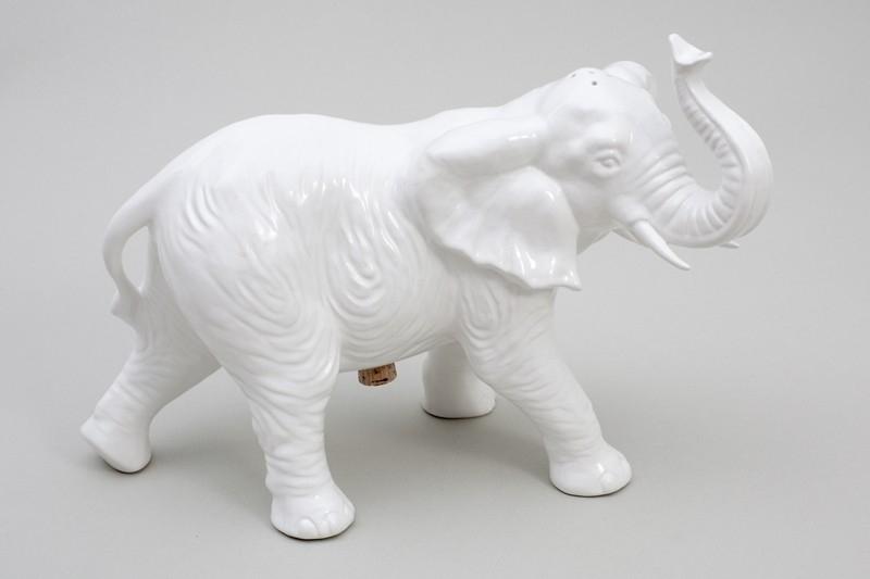 Elephant no II Pepper