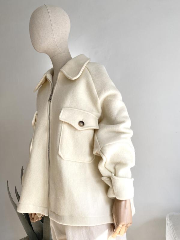short oversize coat off white