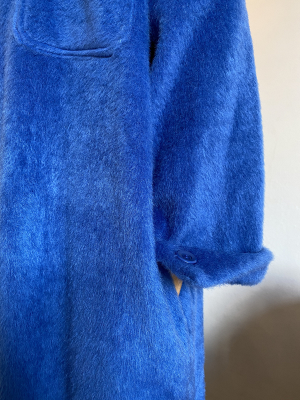 soft coat strong blue