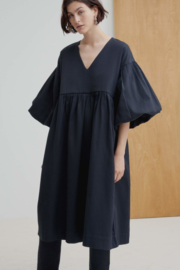 Kowtow Dress Balloon Black