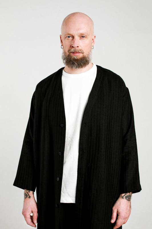 Linnen Black Coat