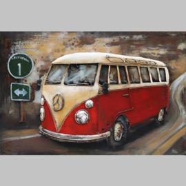 Rode Volkswagenbus, schilderij van metaal