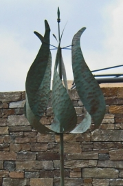 Wind sculpture  'tulp'