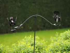 Tuinsteker grappige vogels met paraplu