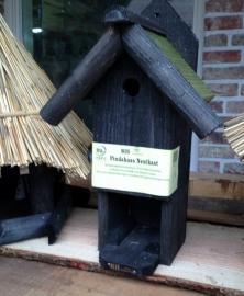Vogelhuis/nestkast met ruimte voor pot pindakaas