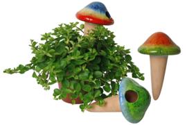 Paddestoel waterdruppelaar gekleurd keramiek
