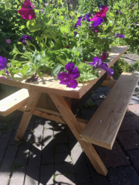 Bloembak 'picknicktafel'