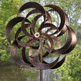 Tuinsteker wind sculpture   'draaiende bloem'