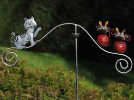 Tuinsteker kat en muis spel gekleurd