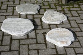 stapstenen natuursteen