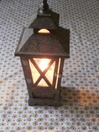 Lantaarn met lamp