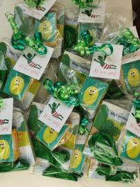 Kikker traktatie met rozijntjes en groen ballon