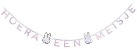 """Nijntje letterslinger baby roze""""Hoera een Meisje"""""""