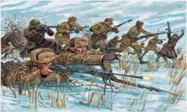 Italeri 6069 Russian Infantry (Winter uniform)