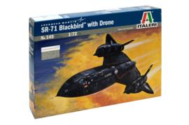 Italeri 145 SR-71 Blackbird with Drone