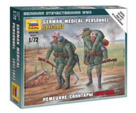 Zvezda 6143 German Medical Personnel 1941-1943