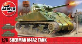 Airfix A01303 Sherman M4A2 Tank